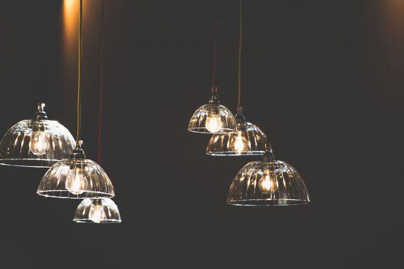 Como instalar luminária de teto