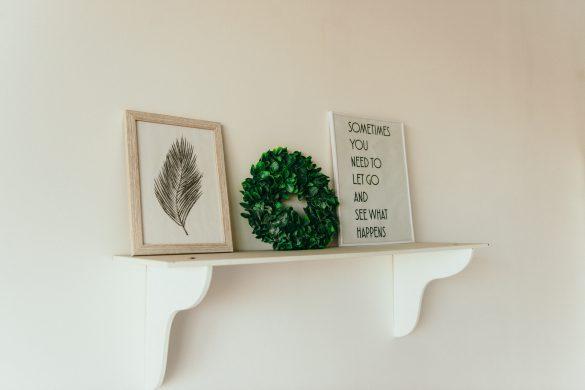 como-instalar-prateleiras-e-nichos-na-parede
